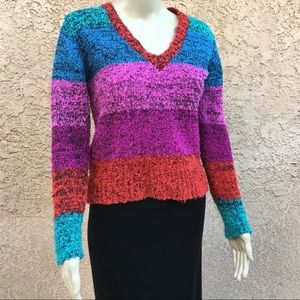 Nubby color block v-neck pullover